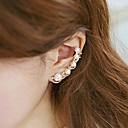 Women's Ear Cuff Climber Earrings Helix Earrings Cheap Ladies Elegant Earrings Jewelry Silver / Golden Wedding Party Daily Masquerade Engagement Party Prom