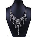 ieftine Seturi de Bijuterii-Pentru femei Coliere Craniu Declarație Personalizat Lux Punk Diamante Artificiale Aliaj Argintiu Auriu Coliere Bijuterii Pentru Petrecere Zilnic Muncă