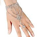 ieftine Ring Bracelets-Pentru femei Bratari Wrap Ring Bracelets Αστέρι femei Iced Out Ștras Bijuterii brățară Alb Pentru Nuntă Petrecere Zilnic Mascaradă Petrecere Logodnă Bal / Argilă / Diamante Artificiale