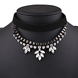Women's Choker Necklaces Rhinestone Jewelry Alloy Simple Sweet Elegant Jewelry For Daily Casual