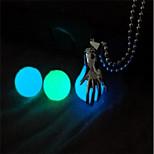 Недорогие -Муж. Жен. Мода С подсветкой Светящийся Ожерелья с подвесками , Медь Ожерелья с подвесками , Маскарад Бар