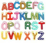 abordables -Le bébé de mignons et colorés 26 lettres en bois bande dessinée aimant enfant jouet éducatif