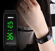 abordables -SKMEI Femme Montre de Sport Montre Tendance Digitale Numérique Numérique Calendrier LED / Silikon