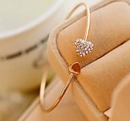 abordables -Bracelet Bracelets Manchettes Bracelets Femme Cœur dames Mode Style Simple Le style mignon Bracelet Bijoux pour Mariage Soirée Cadeau Décontracté Quotidien Mascarade