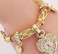 abordables -Femme dames Montres de luxe Montre bracelet Analogique Le style rétro Charme Imitation diamant Belle et élégante / Un ans
