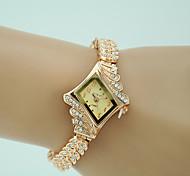 economico -Per donna Orologio braccialetto Orologio di diamanti Analogico Quarzo Donne imitazione diamante / Un anno