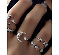 economico -set di anelli da donna in lega di argento a grappolo con stella di luna set di anelli da donna inusuale design unico 5 pezzi