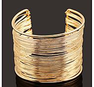 abordables -Manchettes Bracelets Large bracelet Femme Multirang simple Mode Européen Bracelet Bijoux Dorée Argent Forme Géométrique pour Quotidien