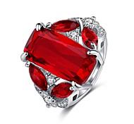 economico -Anello di dichiarazione Stile vintage Rosso Rame Strass Placcato in platino Speranza Donne Elegante Vintage ▾ 1 pc 6 7 8 9 10 / Per donna / Solitario