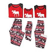 abordables -Regard de la famille Lots de Vêtements pour Famille Ensemble de Vêtements Noël Quotidien Géométrique Noël Manches Longues Rouge Vert basique