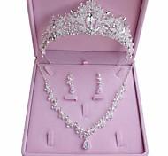 abordables -Femme Cristal Nuptiales Parures Géométrique Basique Des boucles d'oreilles Bijoux Argent Pour Mariage Soirée 1 set / Boucles d'Oreilles