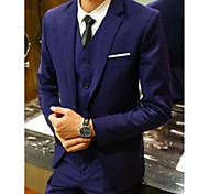 abordables -Noir / Gris Claire / Bleu Marine Couleur Pleine Coupe Slim Polyster Costume - Cranté Droit 1 bouton / costumes