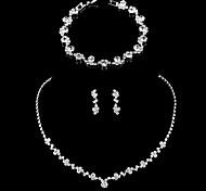 abordables -Femme Boucle d'Oreille Pendantes Collier Bracelet Rivière de Diamants simple Coréen Mode Elégant Imitation Diamant Des boucles d'oreilles Bijoux Argent Pour Mariage Soirée Fiançailles Cadeau Quotidien