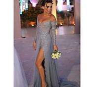 abordables -Trapèze Sexy Fiançailles robe ceremonie Robe Epaules Dénudées Manches Longues Traîne Brosse Mousseline de soie Dentelle avec Fendue Insert en dentelle 2021