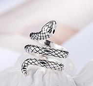 abordables -roi cobra réglable bague en alliage de cuivre matériel 30% argent incrusté rouge zircon anneaux mode tendance femmes bijoux cadeau d \ 'anniversaire