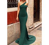 abordables -Trompette / Sirène Minimaliste Elégant Invité de mariage robe ceremonie Robe Une Epaule Sans Manches Traîne Brosse Tissu extensible avec Plissé 2021