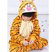 abordables -Enfant Camouflage Pyjamas Kigurumi Tenues de nuit Tiger Animal Combinaison de Pyjamas Flanelle Toison Orange Cosplay Pour Garçons et filles Pyjamas Animale Dessin animé Fête / Célébration Les costumes