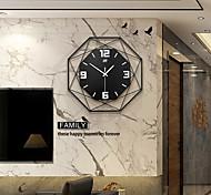 abordables -Horloge murale de mode art de fer silencieux horloges de conception moderne pour la décoration bureau bureau style européen suspendus horloge murale montre