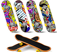 economico -12/25 pcs Skateboard finger Mini tastiere Giocattoli per dita Plastica Giocattoli per ufficio Fantastico con ruote e strumenti di ricambio Pattinare Per bambini Teen Bomboniere per i regali per