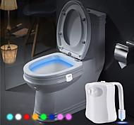 abordables -Lumière de toilette Eclairage LED Lampes de nuit Capteur de mouvement 8 couleurs Alimenté par des piles Batterie Adultes pour des cadeaux d'anniversaire et des cadeaux 1 pcs Quotidien