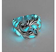 economico -anello da uomo da donna 1pc donne e uomini senza allergie bagliore nel buio anello di drago luminoso regali per feste argento blu verde 11