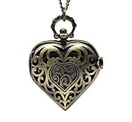 economico -orologio da tasca a forma di cuore cavo color bronzo antico (1)