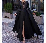 abordables -Robe de Soirée Luxueux Fiançailles robe ceremonie Robe Cou d'illusion Manches Longues Longueur Sol Satin avec Fendue Surjupe Insert en dentelle 2021