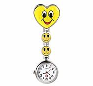 economico -a forma di cuore sorriso faccia infermiera fob clip sulla spilla orologio da tasca appeso (giallo)