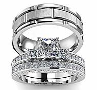 economico -due anelli le sue coppie di anelli abbinati da donna 2 pezzi in oro bianco riempito quadrato cz anello di fidanzamento nuziale set da sposa& fede nuziale da uomo in titanio