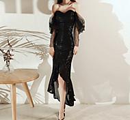 abordables -Trompette / Sirène Etincelant Sexy Retour Soirée Cocktail Robe Coeur Manches Longues Longueur Genou Pailleté avec Paillette 2021