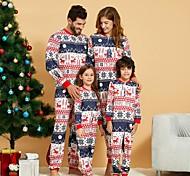 abordables -Regard de la famille Lots de Vêtements pour Famille Ensemble & Combinaison Graphique Animal Manches Longues Imprimé Arc-en-ciel Noël