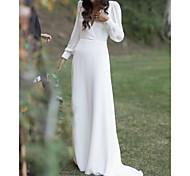 abordables -Fourreau / Colonne Robes de mariée Col en V Traîne Tribunal Charmeuse Manches Longues Simple avec 2021
