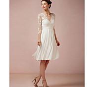 economico -Linea-A Abiti da sposa A V Al ginocchio Di pizzo Manica a 3/4 Spiaggia Vestitini bianchi Illusion Sleeve con 2021