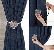 abordables -Boucle de rideau en diamant européen de haute qualité crochet sans poinçon crochet de mur rideau crochet de sangle magnétique
