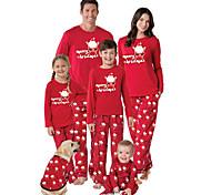 abordables -Regard de la famille Lots de Vêtements pour Famille Ensemble de Vêtements Lettre Manches Longues Imprimé Rouge Noël