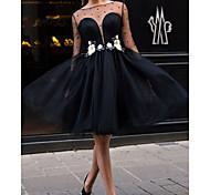 abordables -Robe de Soirée Petite Robe Noire Fleur Retour Soirée Cocktail Robe Cou d'illusion Manches Longues Mi-long Dentelle Tulle avec Appliques 2021