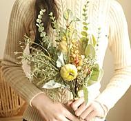 abordables -Bouquet de plantes de fleurs artificielles Feuilles décoratives pour la maison Les plantes affichent le bouquet de fleurs de mariée de mariage