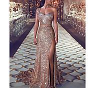 abordables -Trompette / Sirène Etincelant Sexy Fiançailles robe ceremonie Robe Une Epaule Sans Manches Traîne Tribunal Pailleté avec Paillette Fendue 2021