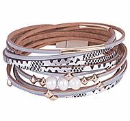 abordables -Bracelet en cuir multicouche pour femme Bracelet fait à la main Bracelet en corde tressée avec boucle magnétique Bijoux (perles-argent)