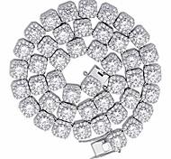 abordables -Collier halo de quare avec chaîne en zircon cubique taille ronde jumbo lab simulé diamant glacé
