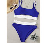 abordables -Femme Bikinis 2 pièces Maillot de bain Faire monter Couleur unie Bloc de Couleur Bleu Maillots de Bain Rembourré Découpé Maillots de bain nouveau Simple Sexy