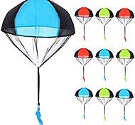economico -giocattoli da paracadute 10 pezzi groviglio lancio libero figure di paracadute paracadute da paracadute lancio della mano dell'uomo soldato lancialo e guarda l'atterraggio giocattoli volanti