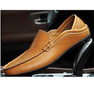 abordables -trou creux chaussures de grande taille 20138 été nouveau style hommes chaussures de pois chaussures en cuir décontracté chaussures de conduite chaussures pour hommes perforées