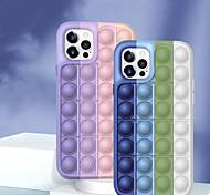 economico -telefono Custodia Per Apple Per retro Custodia in silicone Fidget Case iPhone 12 Pro Max 11 SE 2020 X XR XS Max 8 7 6 Giocattoli trasformabili Push Pop Bubble Rivivi lo stress Geometrica Silicone