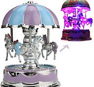 economico -Scatola musicale Carosello musicale 1 pcs Regalo Musica e luce Variazione del colore Resina Per Per bambini Per adulto Ragazzi e ragazze