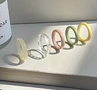 economico -anello set classico arcobaleno resina plastica elegante semplice europeo 5 pezzi 7