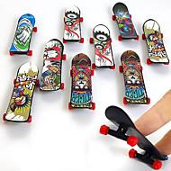 お買い得  -36 pcs 指スケートボード ミニ指板 指人形 プラスチック プロフェッショナル オフィスデスクのおもちゃ クール 子供用 青少年 男女兼用 パーティーの好意 子供のギフト用