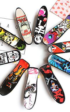 ieftine -12 pcs Skateboard-uri cu degetele Mini tastaturi Jucării Deget Plastic Birouri pentru birou Cool cu roți și instrumente de înlocuire Patină Pentru copii Adolescent Favoare de petrecere pentru