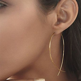 olcso $0.99 Divatékszer-Női Beszúrós fülbevalók Olcsó hölgyek Egyszerű Európai minimalista stílusú Divat Elegáns Fülbevaló Ékszerek Fekete / Ezüst / Aranyozott Kompatibilitás Parti Napi Hétköznapi