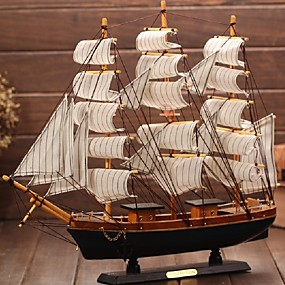preiswerte Holzschmuck-mediterrane Holzhandwerk Segelboot Figur Ornament Vintage Simulation Segelboot Modell Schiff zufällige Farbe